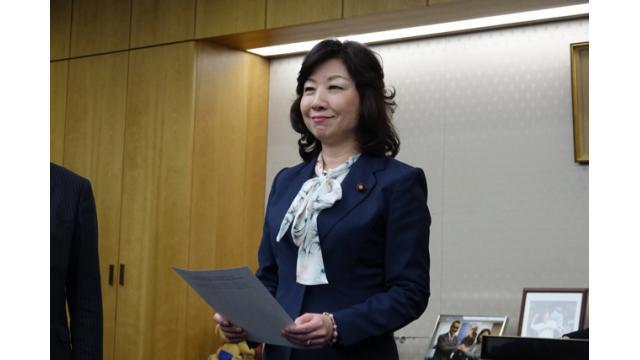 総務省が国民を意識した施策は結局、キャリアが儲かる構図に 石川 温の「スマホ業界新聞」Vol.273