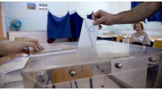 (有料)ギリシャ国民投票、緊縮策に大差で「反対」国際銀行権力の奴隷になることを拒否 今後の経済・金融市場への影響