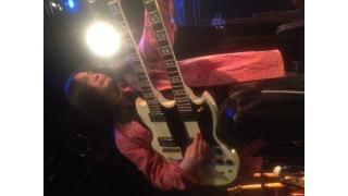ギターのプレイ姿、少しお披露目
