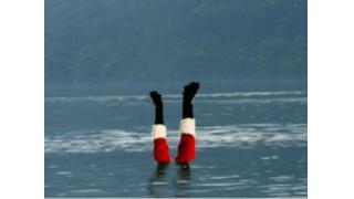 サンタに水かけ無病息災 山形で奇習「サンタ返し」