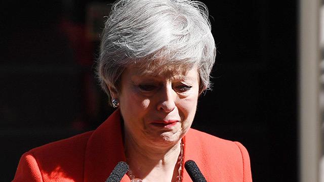 "THIS WEEK【国際】混迷極まる英政局 最も嫌われた首相""メイボット""の転落"