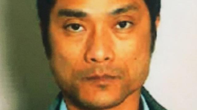 ガラケー女(51)があおり運転犯にハマった1時間おき電話