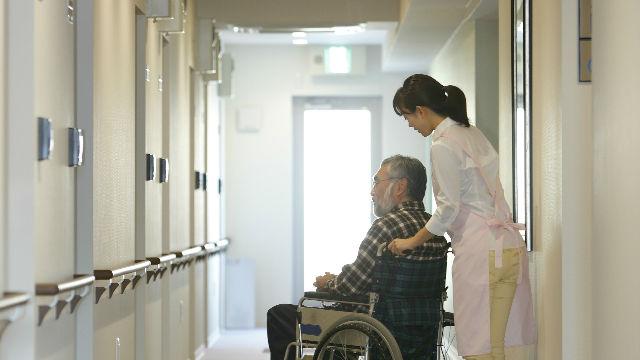 介護の手続き〈第11回〉施設長、専門家が教える 成功する「老人ホーム」入居術