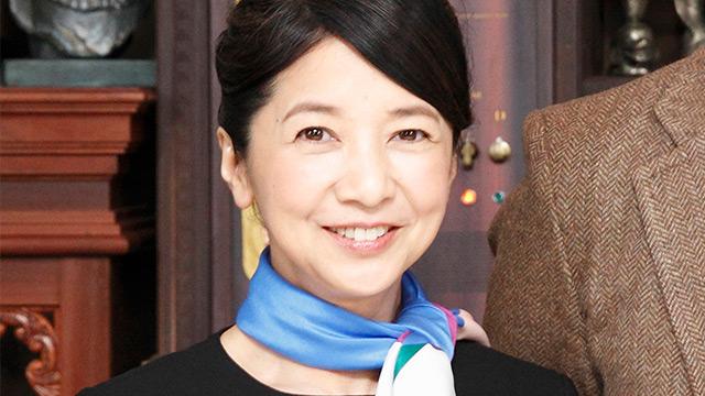 宮崎美子 奇跡の61歳をビキニにさせたのは厚労省No.2だった