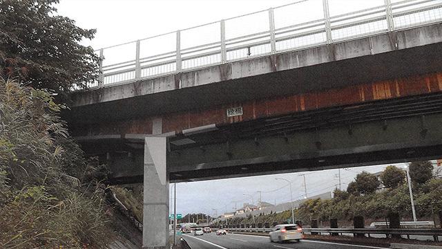 二階派副大臣と蜜月企業 高速道手抜き工事を実名告発する〈強度不足で崩落の危険、既に亀裂が…〉