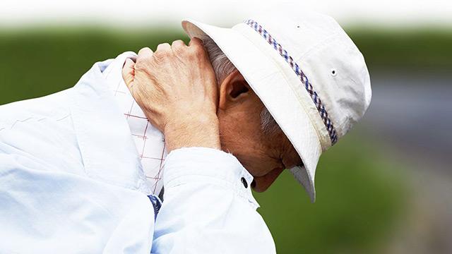 「スマホ首」はこんなに怖い 前兆は肩こり、首の痛み、指がしびれる