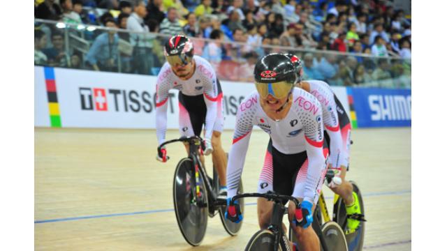 2017 UCIトラック世界選手権 初日レポート 女子団抜きは日本記録更新も予選突破ならず。男子チームスプリントは1回戦に進出し7位。女子スクラッチ出場の上野みなみは21位。