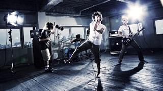 【音楽│邦楽】『ONE OK ROCK/35xxxv』前作『人生×僕=』より約2年ぶり、ONE OK ROCKの7thアルバム。