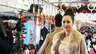 電車の中でまさかの開催
