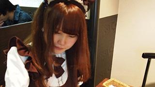 香川では、メイドがうどんに大根おろしをぶっかけるらしい。