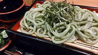 奈良で絶品のよもぎうどん発見!