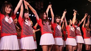 バイトAKB、最後のバイト「劇場公演」を終え涙の契約満了!