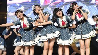 AKB48チーム8がクールジャパン・フェスティバルに出演!