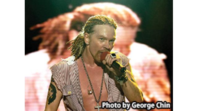 12/17(土) 21:00~ 『Guns N' Roses Live At O2 arena in London 2012』