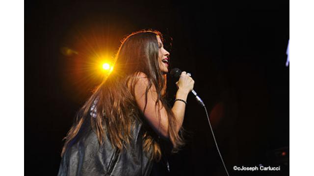 6/9(日) 20:00~  『アラニス・モリセット Live at モントルー』