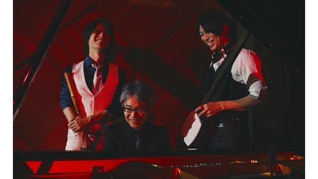 HIDE×HIDEライブ 三尺秀水 ~Flower Moon~ は5月24日(月) 19時00分から開始いたします。