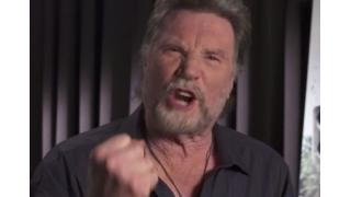 """ベネット(本物)が""""野郎オブクラッシャー!""""と叫ぶ「コマンドー」製作30周年記念メッセージが公開"""