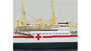 """ブロック10万個を使用した全長3メートルを超える巨大な""""レゴ""""病院船「ユトランディア号」"""