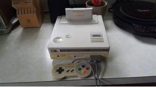 【動画追加】歴史的な発見!任天堂とSONYが共同開発していた初代「プレイステーション」の試作機が見つかる