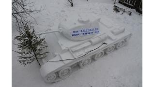 これが雪像道ですか 戦車好きなロシア人たちが作った雪像のガチっぷりがハンパねぇ!