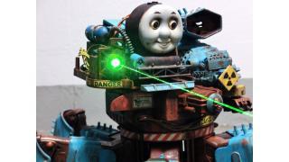 狂気的な歩く凶器 多脚式自走ロボットに魔改造された「機関車トーマス」