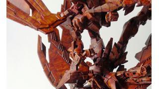 その発想はなかった!「ガンプラ世界大会2015」優勝はウイング&エピオンの木彫り風ジオラマ作品