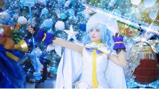 魔法少女っぽいコスチュームも完璧に再現 海外コスプレイヤーによる「雪ミク」Magical Snow Ver.【FineCosplay】