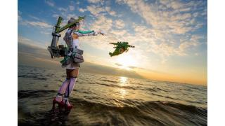 二式大艇ちゃん、出撃かも!陽に焼けるビーチで撮影された「艦これ」秋津洲の情感たっぷりコスプレフォト
