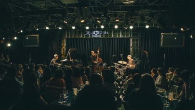 BLUE NOTE TOKYO 3 DAYS 'Senri Oe Trio'