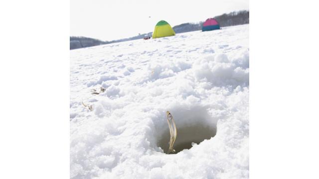 【大人の趣味道:アウトドア編】冬に旬を迎える魚釣り「ワカサギ釣り」を紹介します!