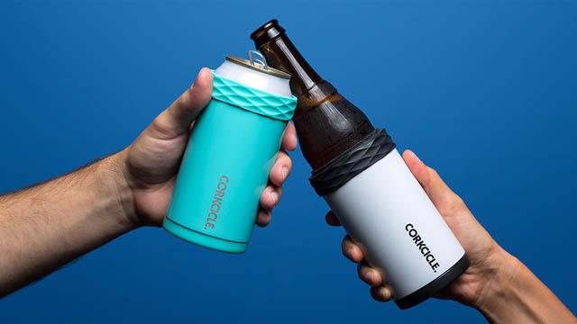 缶や瓶のドリンクを長時間冷やせるホルダー『ARCTICAN』が登場!