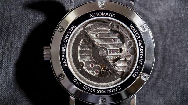 組み合わせ20万通り!カスタマイズ自在の腕時計『ルノータス』