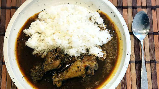 【家カレー】季節ごとにレシピを変えたほうが絶対うまい!【スリランカで習ってきたチキンカレー改】