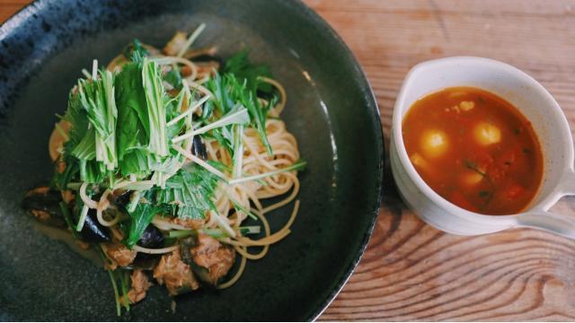 【20210610】ナスとツナの水菜パスタ・そば米とトマトの冷製スープ