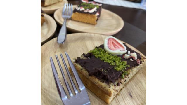 #4紅茶パウンドのいちごチョコケーキ