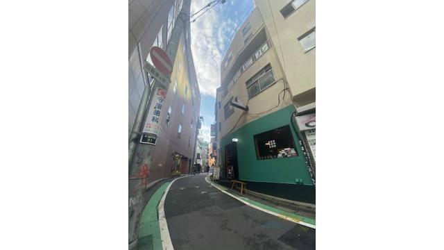 丸若裕俊 ボーダレス&タイムレス――日本的なものたちの手触りについて 第8回 渋谷の街から考える〈見立て〉と〈閒〉(前編)