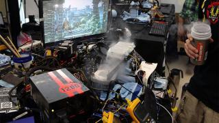 グラボ・オーバークロック部門で世界最速を記録した現場です