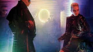 SFなただずまいのエマ・ストーンが美しすぎるフォトシュート