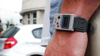 これは欲しい...! 任天堂公認『ゲームボーイ』な腕時計がオサレカワイイ