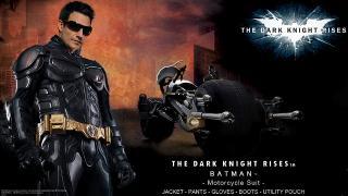 これであなたもダークナイト! 「バットマン」になりきれるライダースーツ