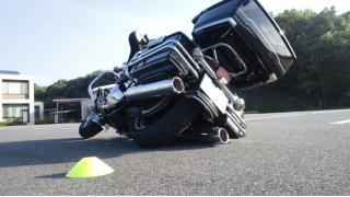 【バイク】立ちゴケの注意点