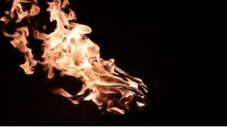 【アウトドア】焚き火&BBQキャンプで海にいってきた。【非リア】