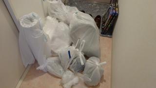 # 0493_ゴミ捨て