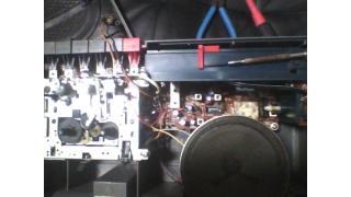 東芝RT-F42Dレトロラジカセ~FMチューナーとスピーカー修理