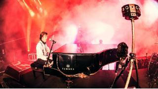 【雑談】Paul McCartney のライブを、360度映像で楽しめるアプリがあるんだって。