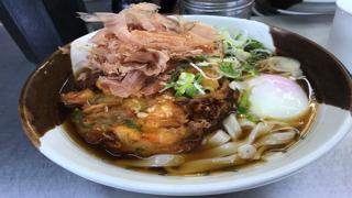 名古屋駅で時間があったらホームにあるきしめんを食べるべき!