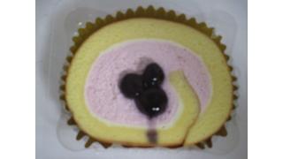 セブンイレブンのスイーツ 7i Delicious Sweet「ブルーベリーのレアチーズロール」