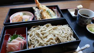 【ベホイミのグルメ】東京のオアシス「さやの湯処」で湯上がりランチを。「お食事処 柿天舎」