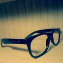 埃まみれの眼鏡