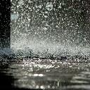 真夏の通り雨。